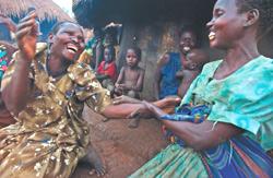 Två kvinnor vars läppar blivit avhuggna av LRA