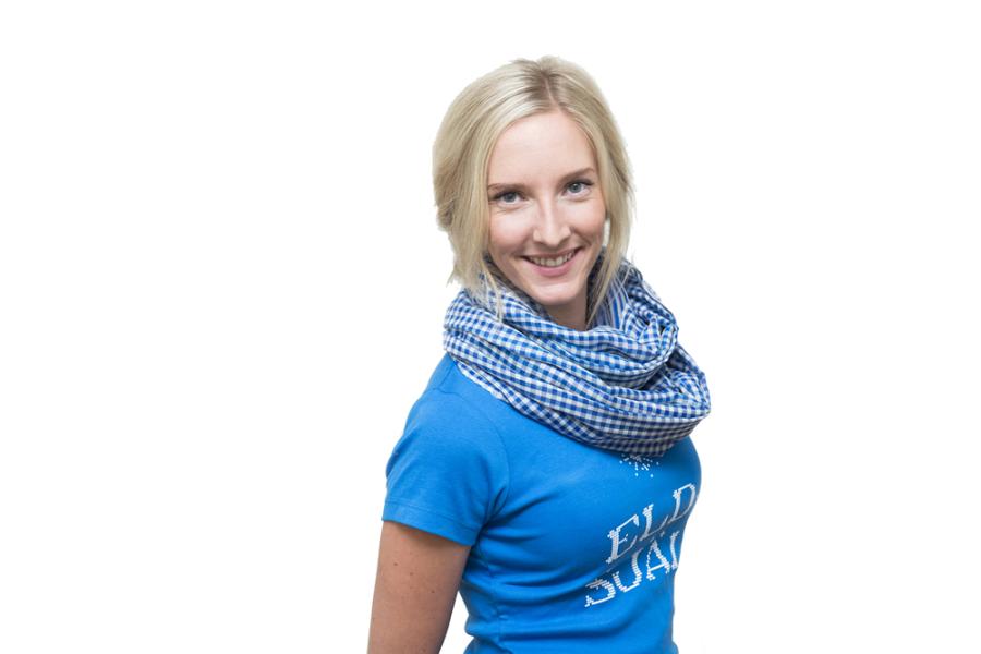 Sjal och t-shirt, Fairtrade från Diakonia