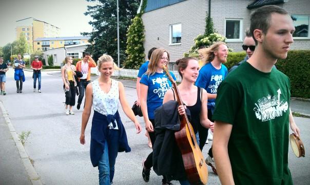 Pannkakskyrkan marscherar mot Bråvalla!