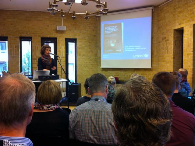 Karin Ödquist Drackner från UNICEF talar om barns rättigheter