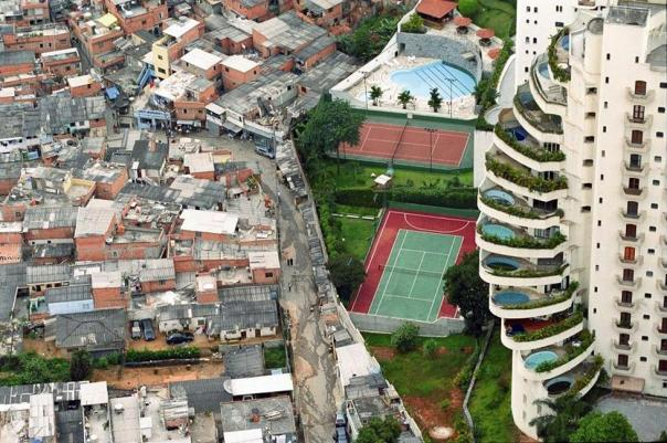 poverty-and-wealth-next-door-to-each-other-in-brazil.jpg